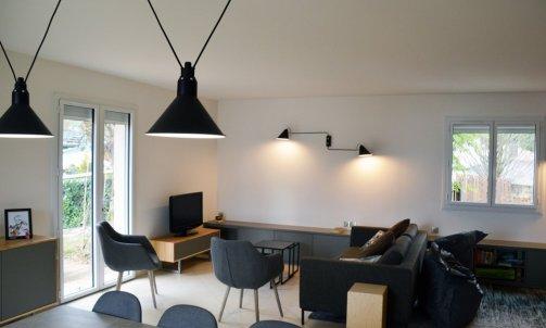 Vue globale de l'espace salon / salle à manger.