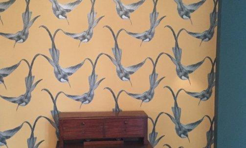 Papier peint MONTECOLINO, collection Balsam, référence 200812 / Peinture F&B Inchyra Blue n°289